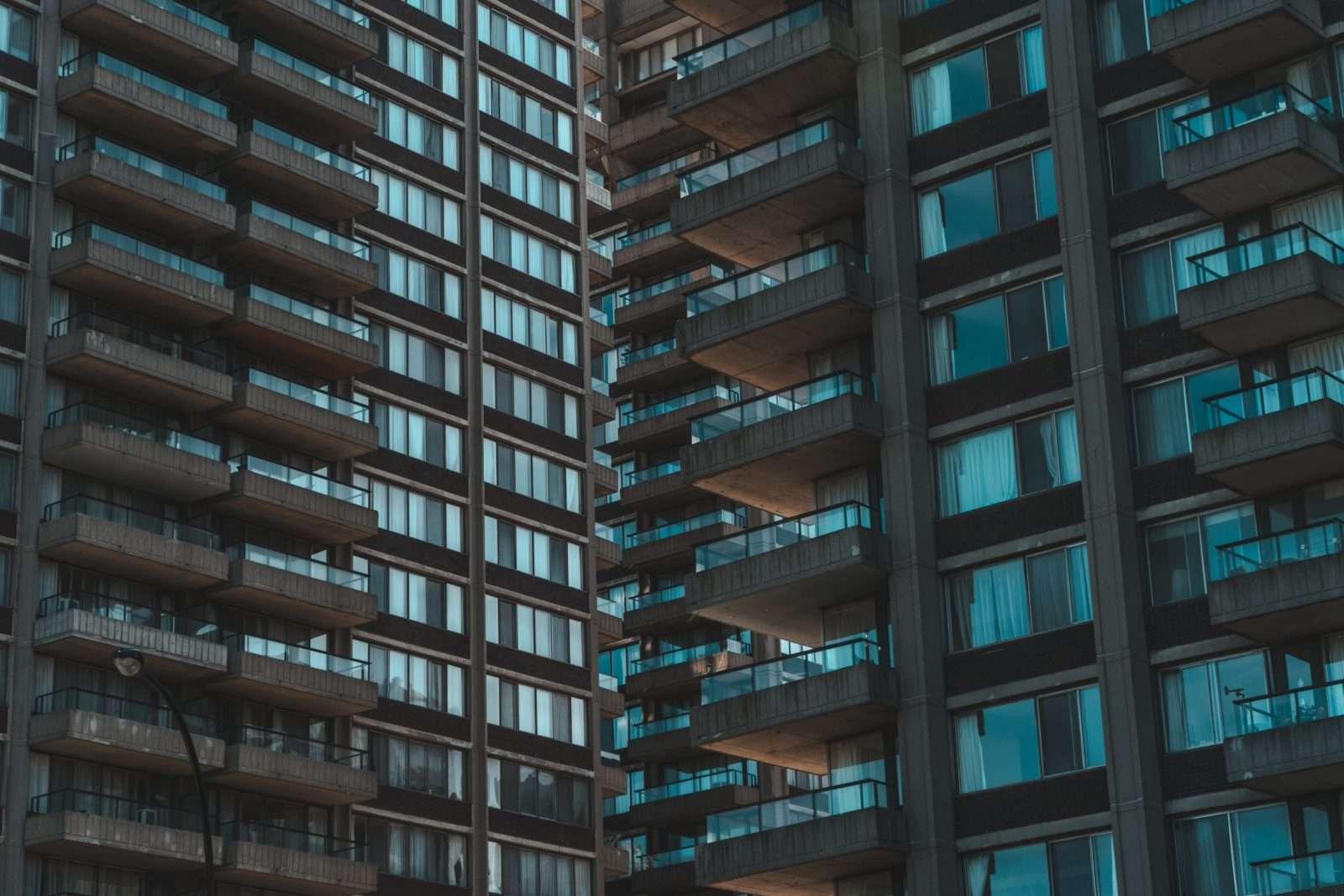 balcony-building